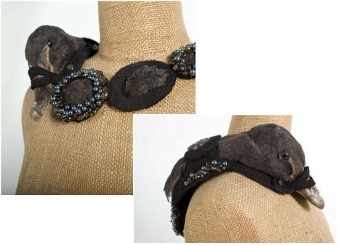 bird shoulder jewelry